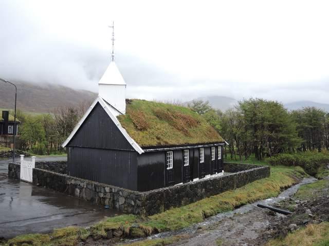 Bøur kirke er en traditionel trækirke fra 1865.