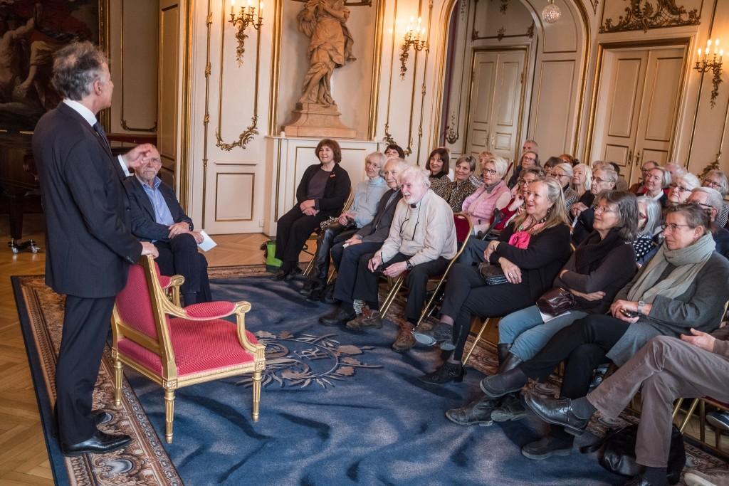 Frankrigs ambassadør i Danmark, François Zimeray, i Musiksalonen, hvor 60 Veteraner var tilstede. Foto: Peter Høvring.