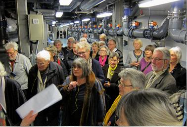Der var stor interesse for at se maskineriet, som holder det hele i gang. Foto: Claus V. Jakobsen