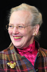 dronning-margrethe-foto-af-ingrid-carlsen-ved-afdeling-for-dialektforsknings-100-aars-jubilaeum[1]